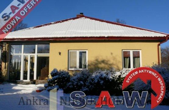 Dom/Bungalow w Redzie z ogródkiem